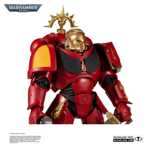 Warhammer 40,000 Walmart Exclusive Gold Label Blood Angels Primaris Lieutenant Figure Images officielles